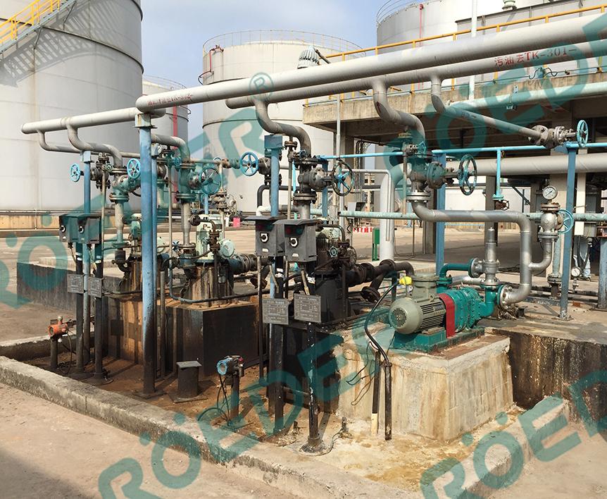 炼油厂采用凸轮转子泵处理收集池含油污水