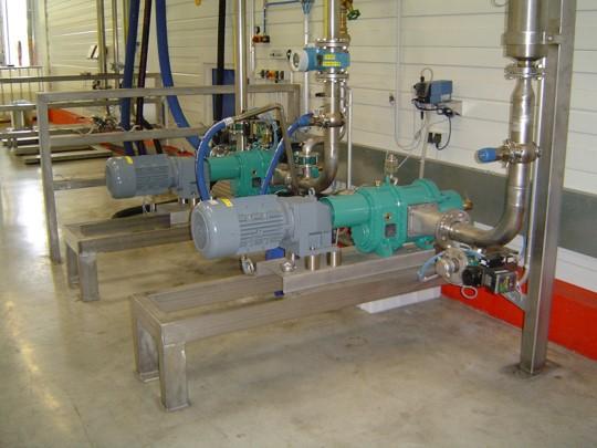 采用转子泵输送中浓纸浆降低设备使用成本