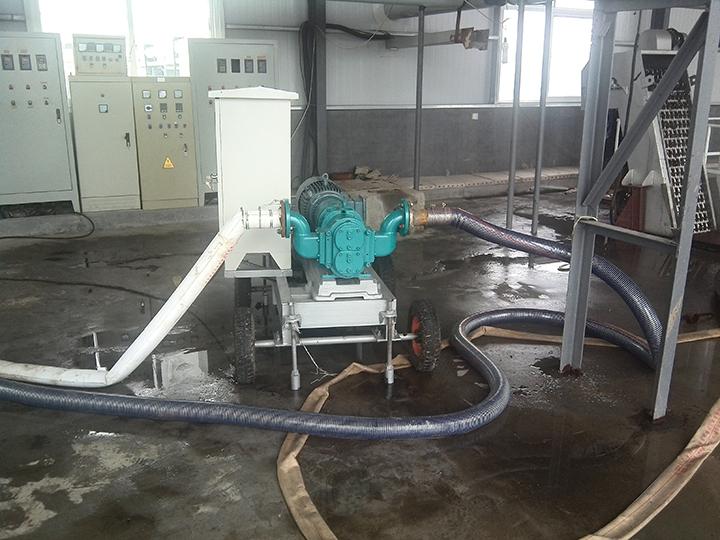 罗德沼气沼渣移动泵车